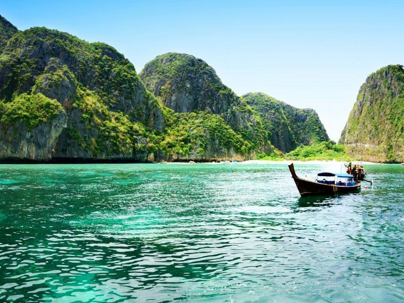 ชีวิตนี้ ต้องไปให้ได้สักครั้ง กับเกาะที่สวยที่สุดในประเทศไทย